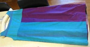 BATMC 2004.409, Finnish designer possibly Timo Sarpaneva, cotton, woven printed, rear.
