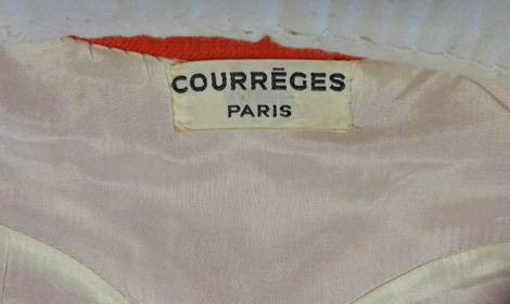 BATMC I.09.876, Courreges, 1965 - 1969, woven, detail. The lining is cut to the shape of the shift dress.