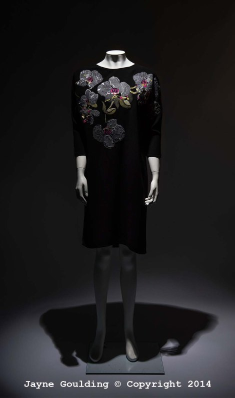 Black orchid embroidery dress on crepe 2014
