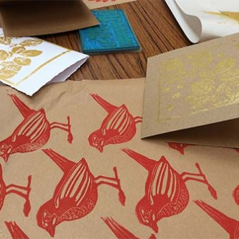 Kate Bond, lino printing workshop at Y Bwthyn Special care Unit.